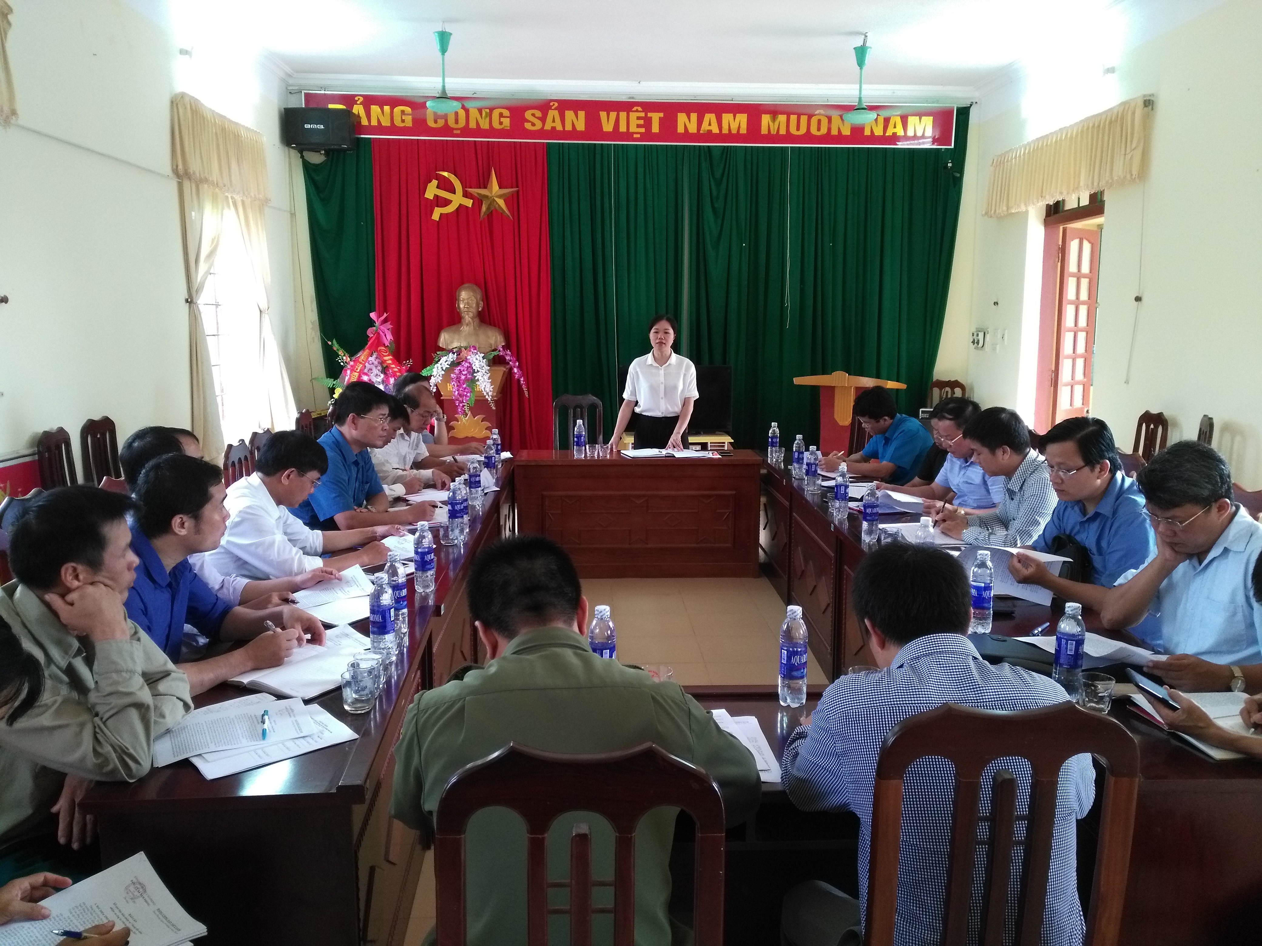 Bí thư huyện ủy làm việc tại xã Nam Phong